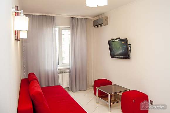Apartment with jacuzzi at Obolon, Zweizimmerwohnung (99180), 008