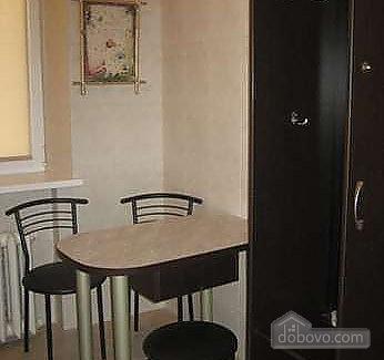 Затишна квартира з кондиціонером в центрі, 1-кімнатна (46157), 005