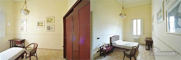 Home in baroque city of Lecce, Trois chambres (86629), 002