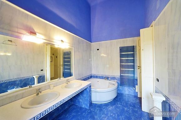 Home in baroque city of Lecce, Trois chambres (86629), 014