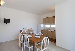 Villetta asia, Deux chambres, 025
