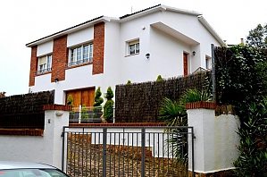 Villa Costa Brava, Tre Camere, 001