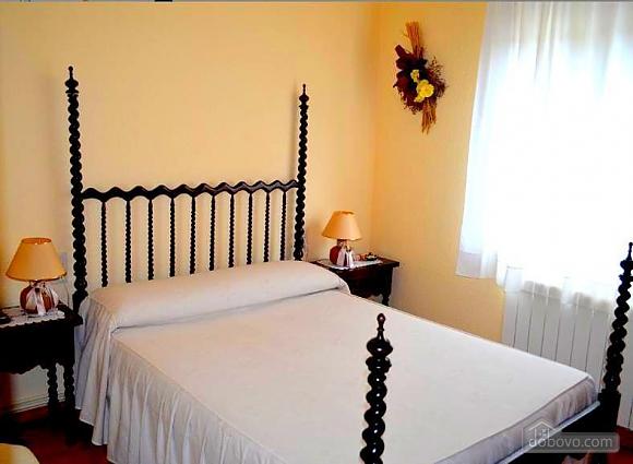 Villa Costa Brava, Three Bedroom (24773), 008