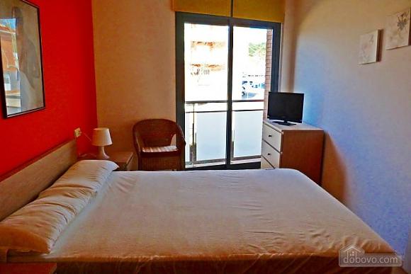 Blue apartment Costa Maresme, Quatre chambres (96971), 010