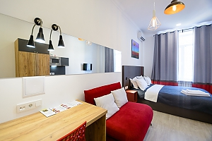 Stylish studio street view apartment with shower and sofa bed, Monolocale, 002