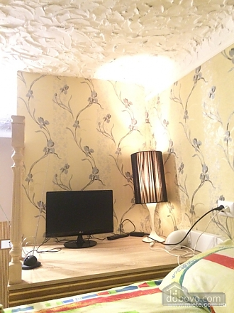 Уютная квартира, 1-комнатная (82115), 002