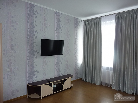Apartment in the center of Odessa, One Bedroom (28171), 002