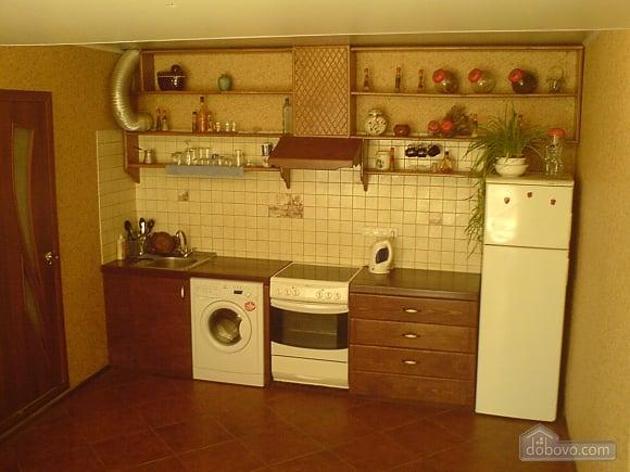 Комнаты в частном доме, 4х-комнатная (74167), 003