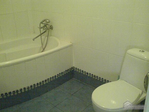 Комнаты в частном доме, 4х-комнатная (74167), 004