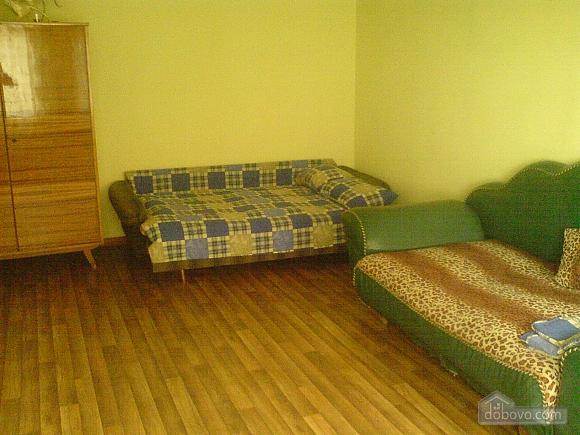 Кімнати у приватному будинку, 4-кімнатна (74167), 002