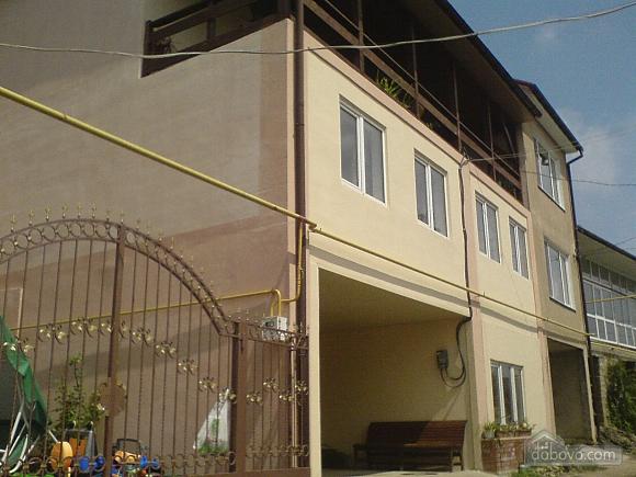 Комнаты в частном доме, 4х-комнатная (74167), 001