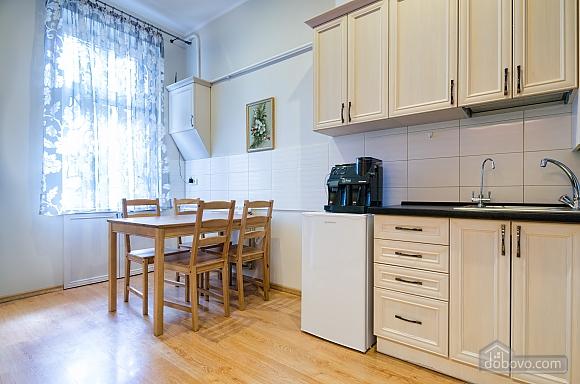 Роскошная квартира в центре Львова, 2х-комнатная (72497), 006