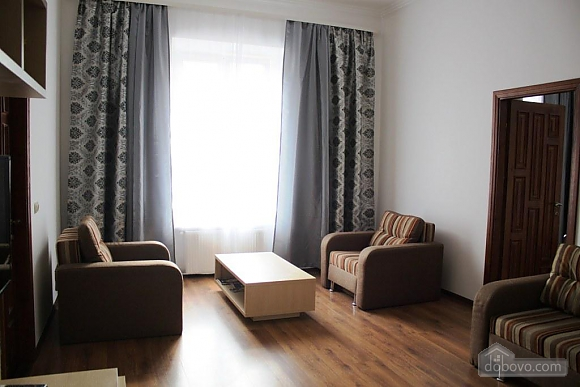 Apartment with a bedroom opposite to Palace of Potockyi, Two Bedroom (17359), 003