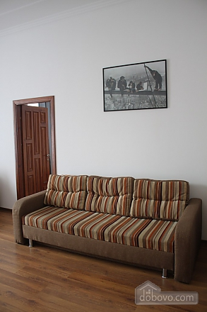 Apartment with a bedroom opposite to Palace of Potockyi, Two Bedroom (17359), 013