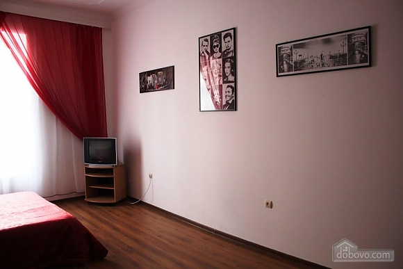 Apartment with a bedroom opposite to Palace of Potockyi, Two Bedroom (17359), 015