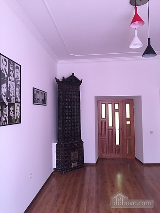 Apartment with a bedroom opposite to Palace of Potockyi, Two Bedroom (17359), 024