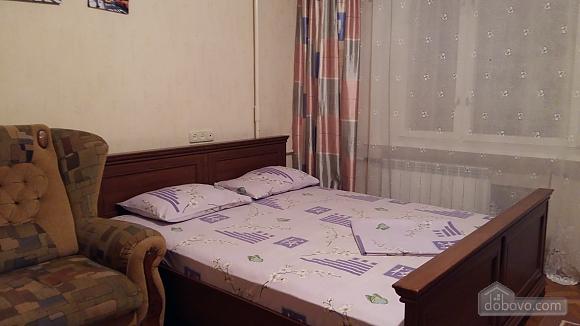 Квартира на Русановке, 1-комнатная (98370), 017