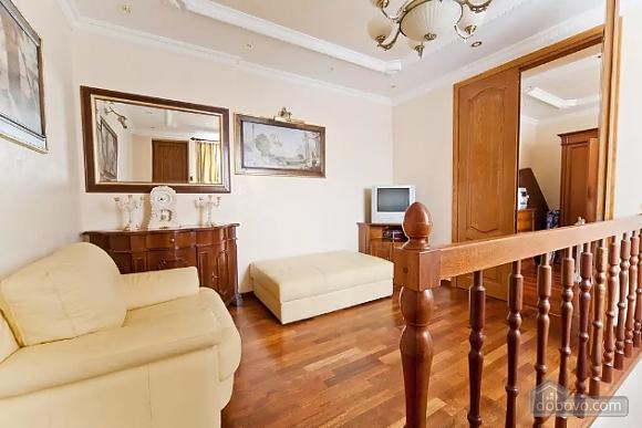 Apartment in Lviv, Tre Camere (29302), 005