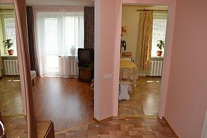 Комфортная квартира в центре города, 1-комнатная, 002