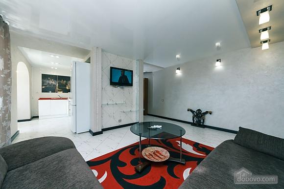 Apartment near the stadium, Two Bedroom (99358), 002
