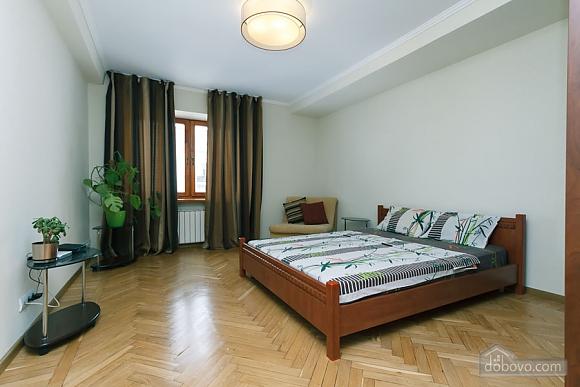 Apartment near the stadium, Two Bedroom (99358), 009