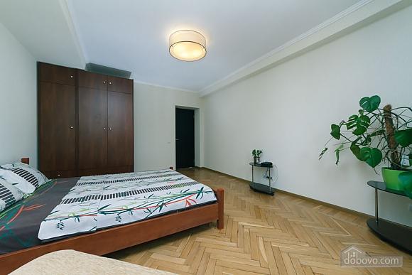 Apartment near the stadium, Two Bedroom (99358), 010