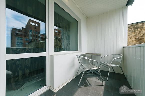 Apartment near the stadium, Two Bedroom (99358), 004