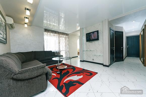 Apartment near the stadium, Two Bedroom (99358), 003