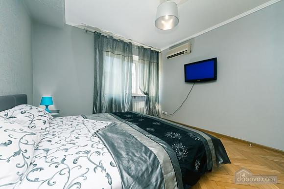 Apartment near the stadium, Two Bedroom (99358), 008