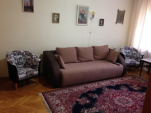 Тихий центр Київ, 2-кімнатна, 003