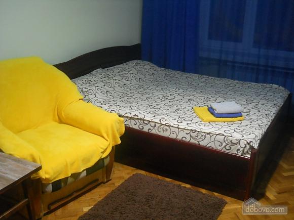 Тихий центр Киева, 2х-комнатная (34466), 001