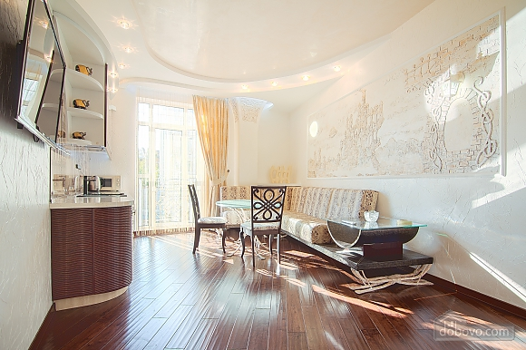 Quite cozy center of Odessa, Two Bedroom (74657), 001