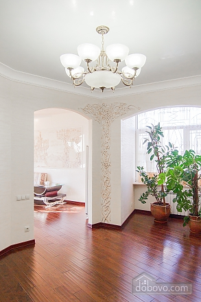 Quite cozy center of Odessa, Two Bedroom (74657), 005