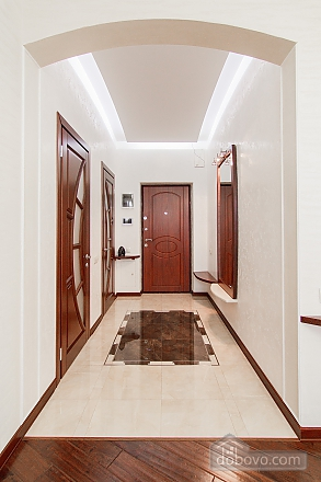 Quite cozy center of Odessa, Two Bedroom (74657), 006
