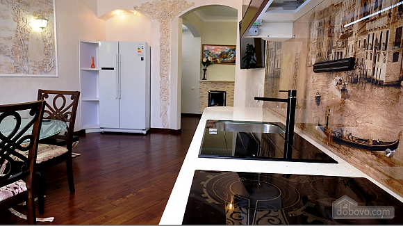 Quite cozy center of Odessa, Two Bedroom (74657), 031