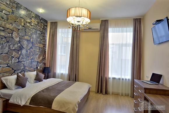 Номер в отеле возле Золотых Ворот, 1-комнатная (38083), 001