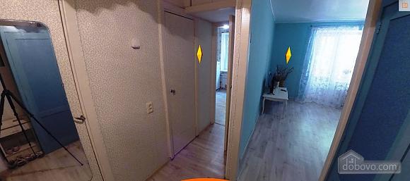 Уютная квартира, 1-комнатная (67385), 003