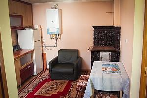 House in Morshyn, Dreizimmerwohnung, 003