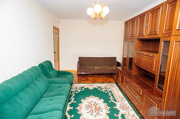 District of a central market, Two Bedroom (39515), 005