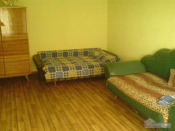 Room in the private house, Studio (66540), 001