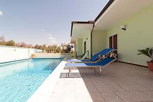 Villa with pool and spacious garden, Una Camera, 002