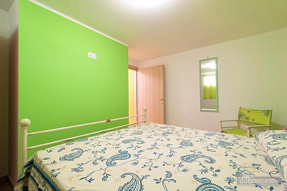 Вилла с бассейном и просторным садом, 2х-комнатная (85365), 006