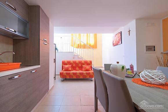 Вилла с бассейном и просторным садом, 2х-комнатная (85365), 012