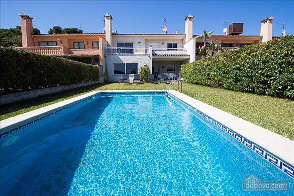 Delightful villa on the Costa Dorada just 100 meters from the beach, Sieben+ Zimmern (99725), 001