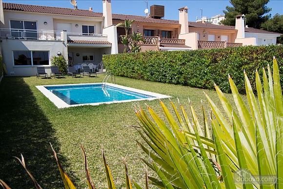 Delightful villa on the Costa Dorada just 100 meters from the beach, Sei (+) Camere (99725), 002