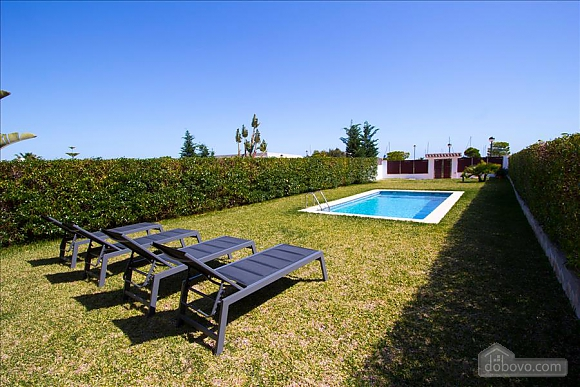 Delightful villa on the Costa Dorada just 100 meters from the beach, Sieben+ Zimmern (99725), 003