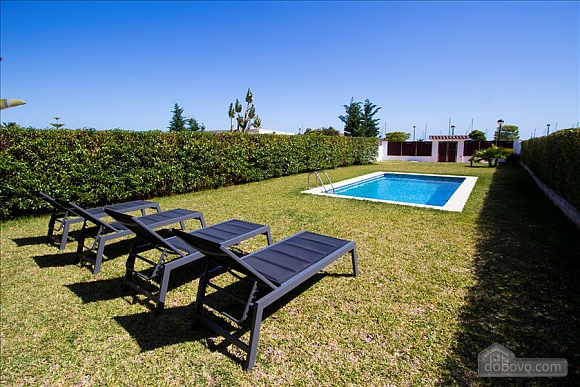 Delightful villa on the Costa Dorada just 100 meters from the beach, Sieben+ Zimmern (99725), 005