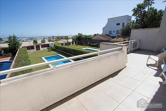 Delightful villa on the Costa Dorada just 100 meters from the beach, Sieben+ Zimmern (99725), 033