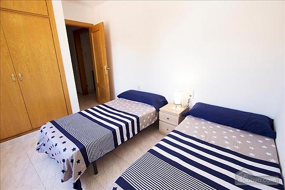 Delightful villa on the Costa Dorada just 100 meters from the beach, Sei (+) Camere (99725), 040