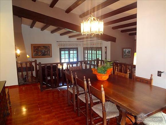 Teresa Santa Cristina d'Aro, Cinq chambres (73128), 011